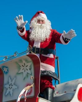 Bowmanville Santa Claus Parade 2013